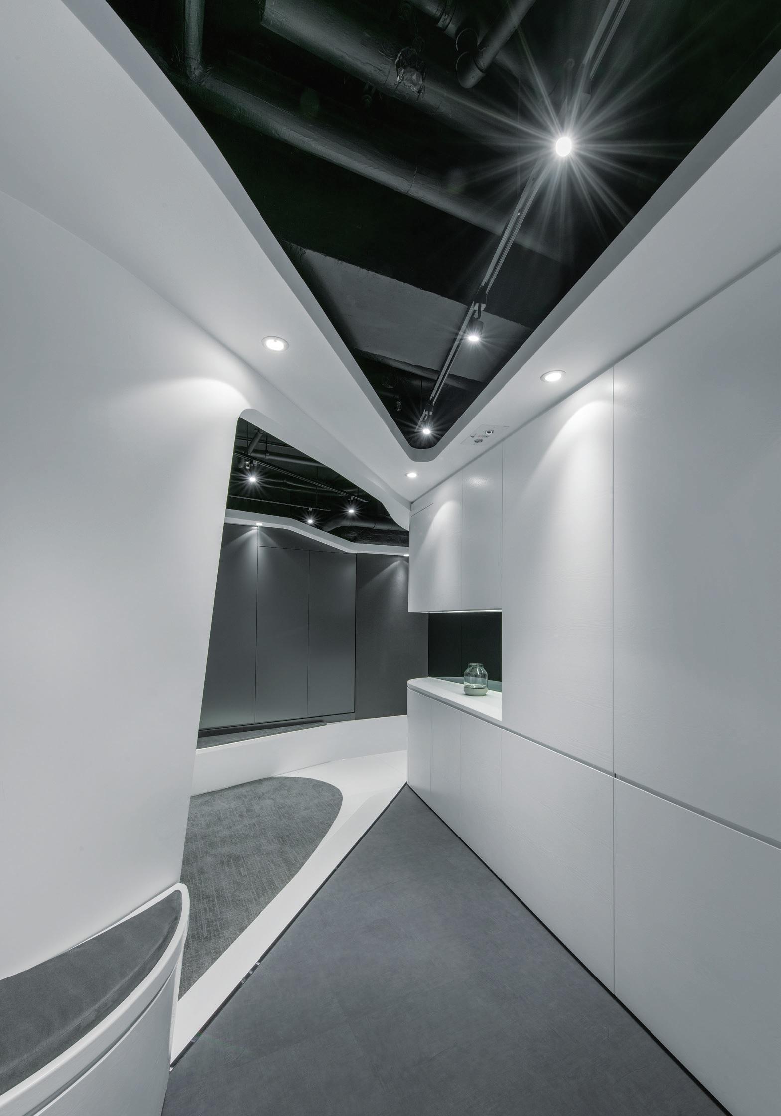 Hong kong plaza construction plus asia for Plaza interior designs ltd