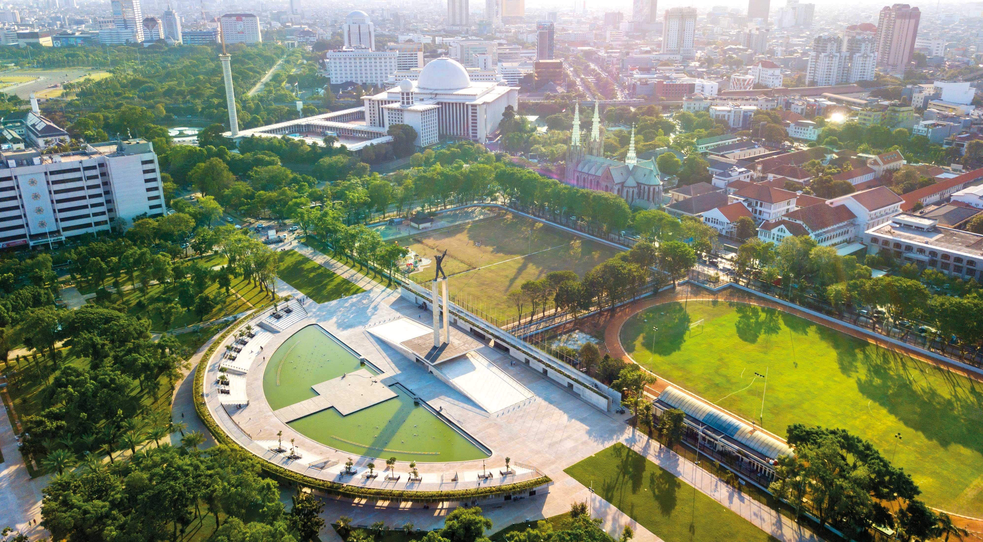 Revitalisasi Lapangan Banteng - Construction Plus Asia