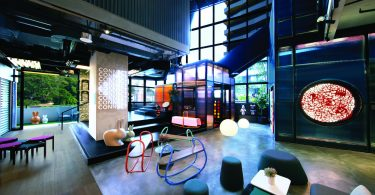 The lobby that can serve as a coworking space