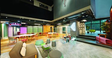 Common area that can be configured into an event/workshop space